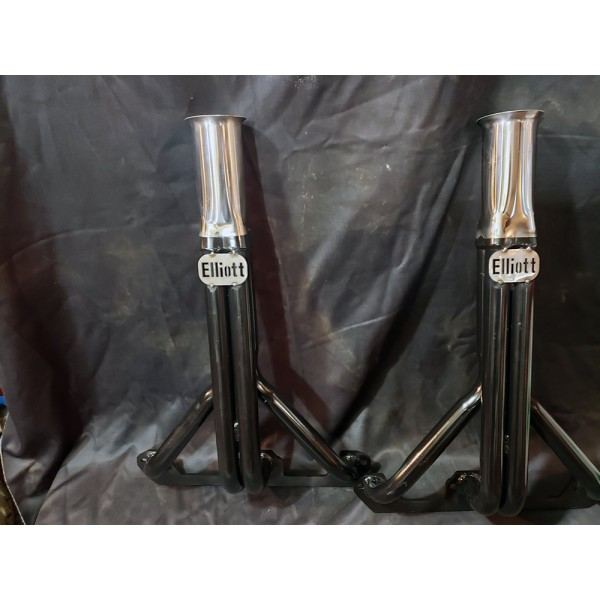 V8 4 into 1 Headers 1 1/2 inch Black Primary Pipes with Tall Stainless Collectors (8 Cylinder Headers) by www.elliottsmotorsports.com